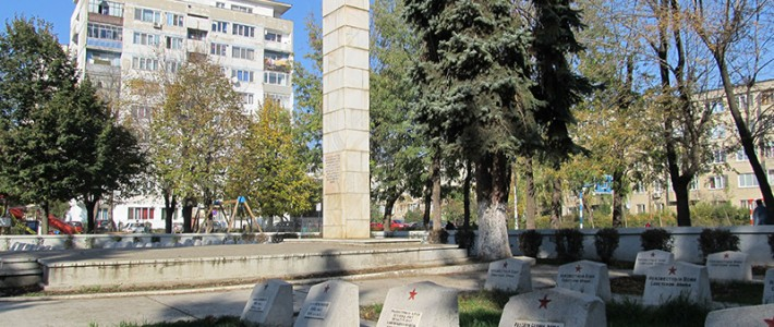 Strania istorie a cimitirului sovietic din Ploiești